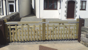 Made to measure wooden Field Gates UK