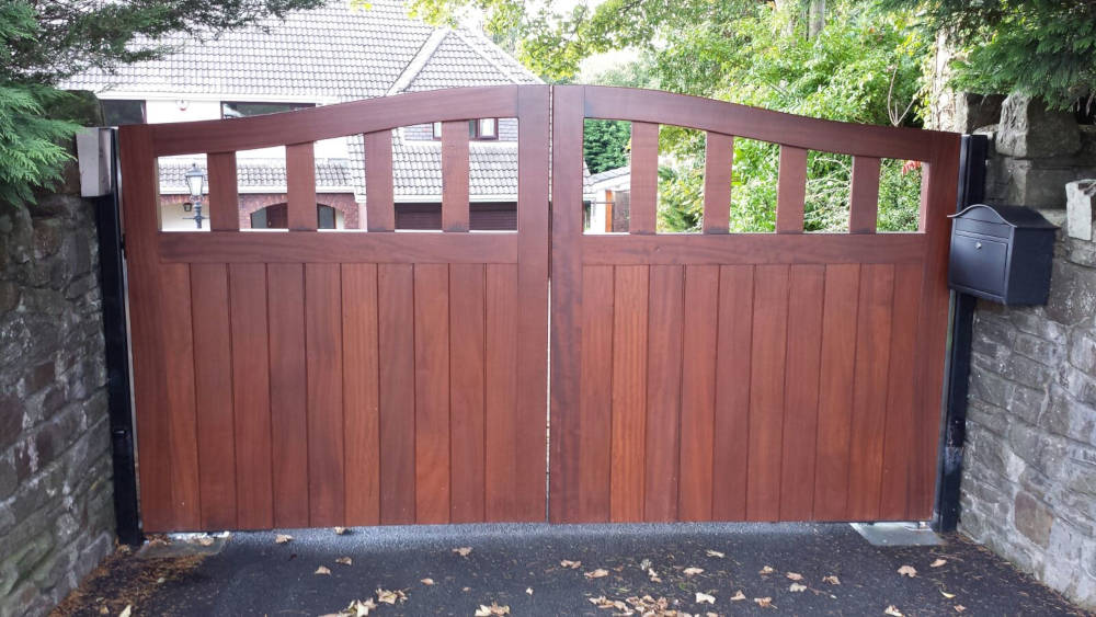 Large Double Driveway Gate Made to Measure